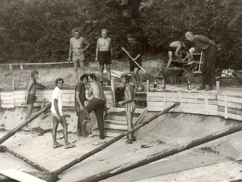 Výstavba koupaliště v chatové osadě Suchý Žleb