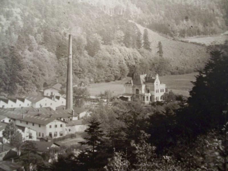 Výřez z historické fotografie (Státní okresní archiv Olomouc)