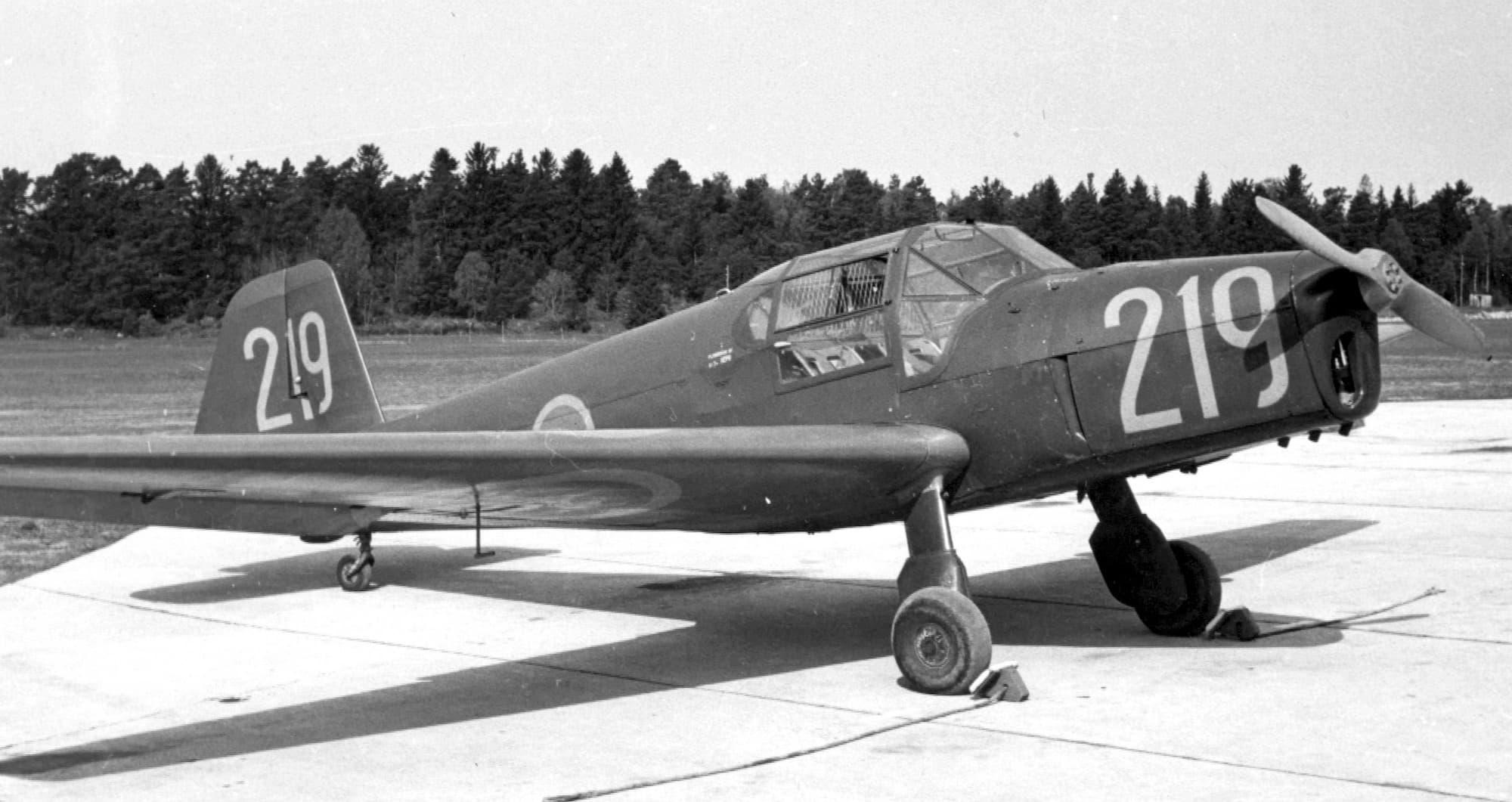 Cvičný letoun C-6 / Bücker Bü 181 (zdroj: Wikipedia)